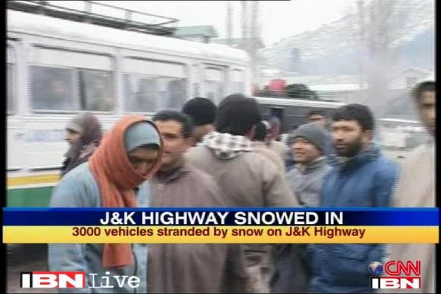 IAF airlifts 550 stranded people in J&K