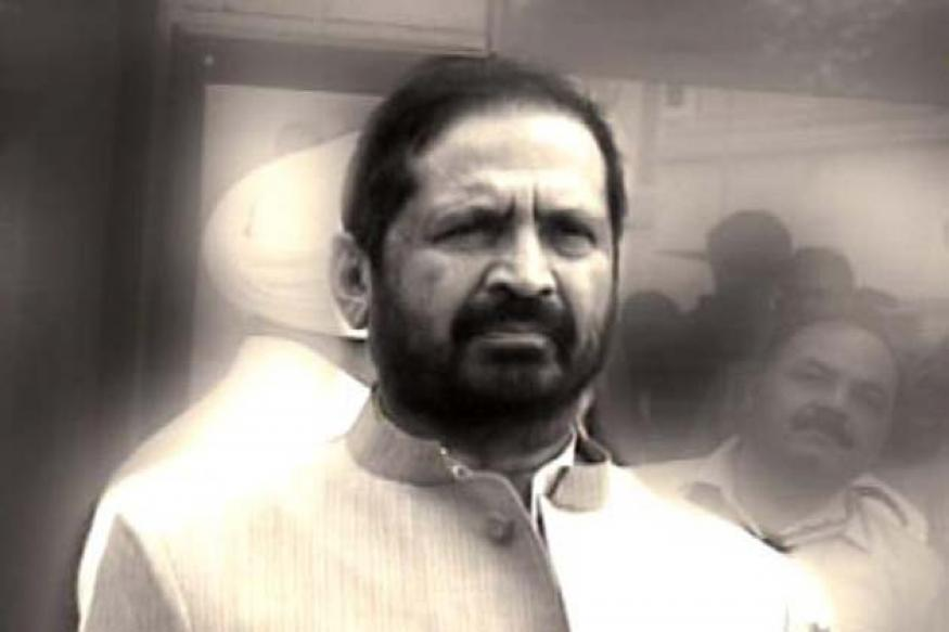 Kalmadi has to decide on IOA chief: Tarlochan