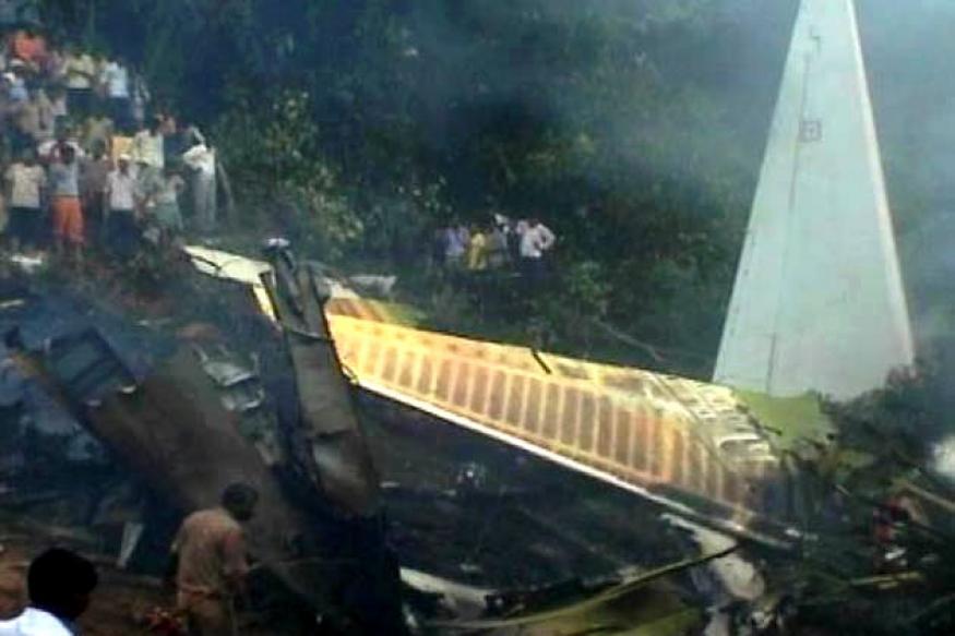 Mangalore air crash: SC issues notice to AI, Govt