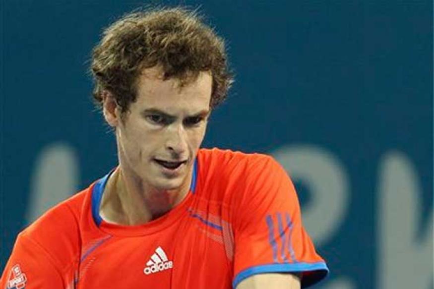 Murray, Clijsters advance in Brisbane