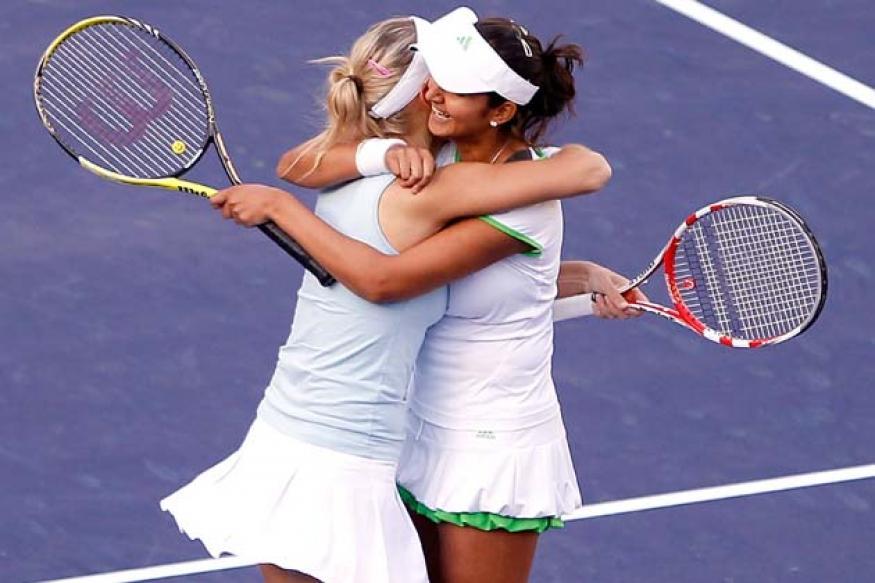 Australian Open: Sania-Vesnina sail into Round 2