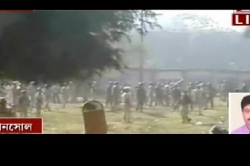 Asansol: 10 injured in clash with police