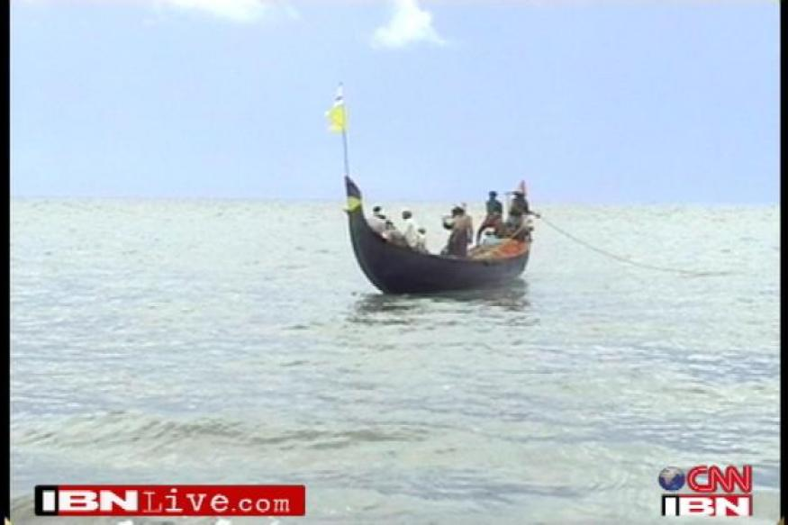 SL Naval men 'pelt stones' at Indian fishermen