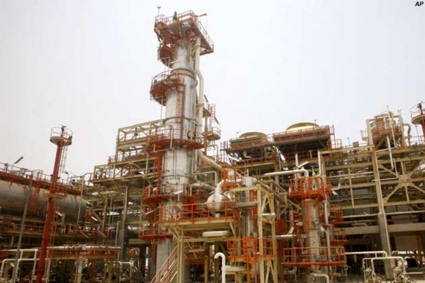Oil price rise raises spectre of global recession