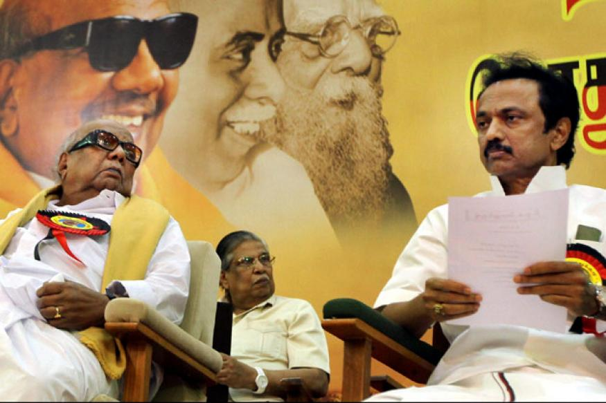 TN: Karuna criticises Vijaykanth's suspension