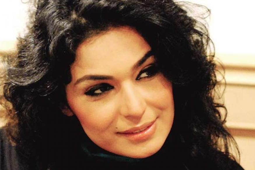 Meera accuses Shoaib Akhtar of threatening calls