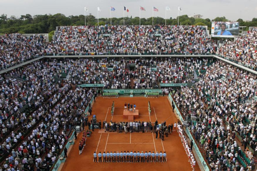 Completion of new Roland Garros delayed to 2017