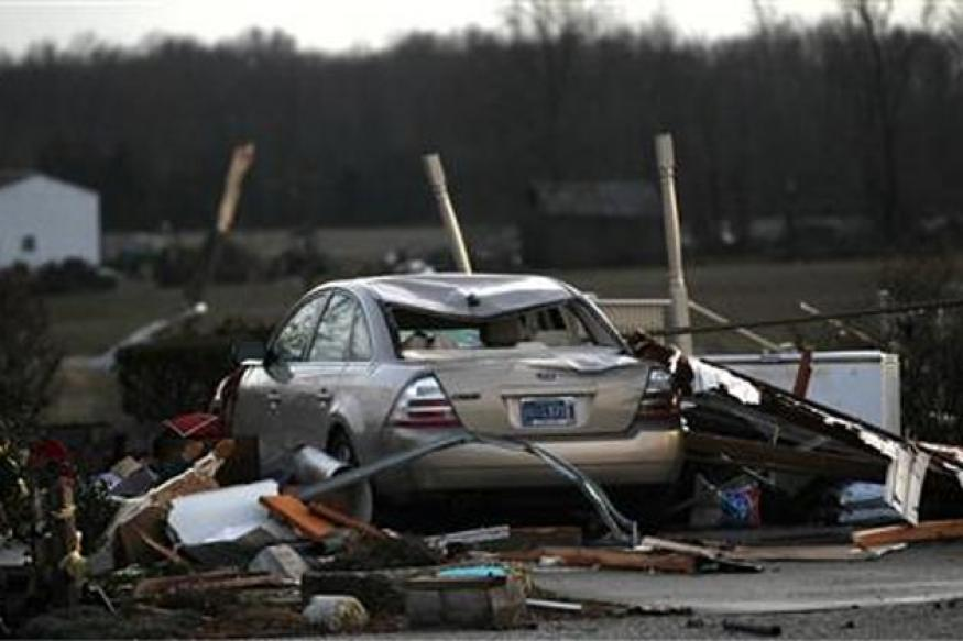 Tornadoes slam US Midwest, at least 27 dead