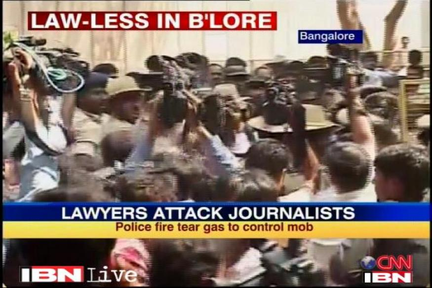 Lawyers attack scribes; judicial probe ordered