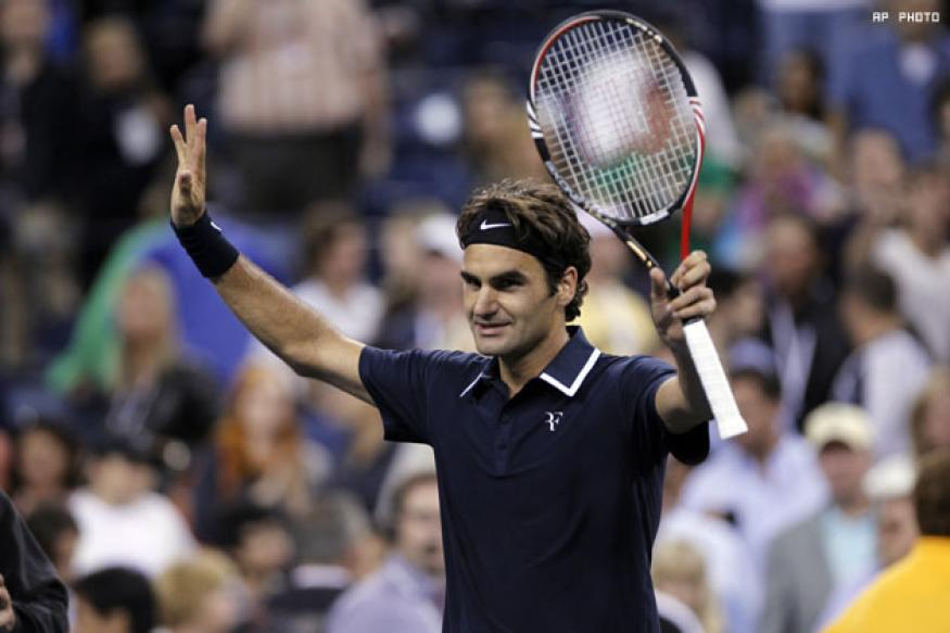Federer edges Murray to win Dubai title