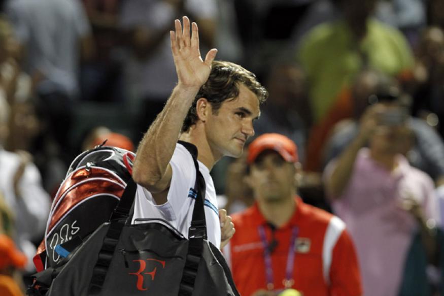 Roddick upsets Federer at Key Biscayne
