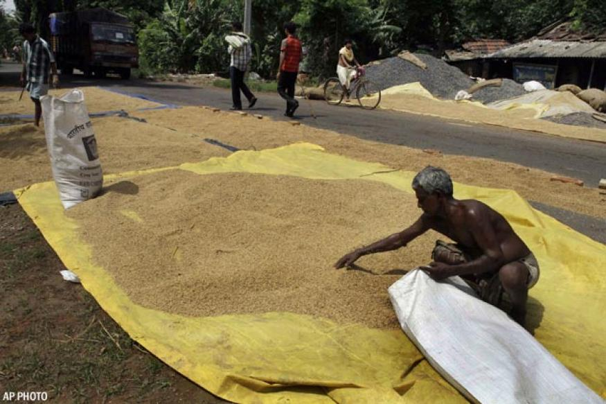 Lesser poor people in India now, suggests new poverty line