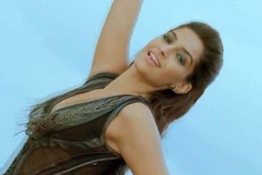 'Raanjhanaa': Sonam to play a JNU girl