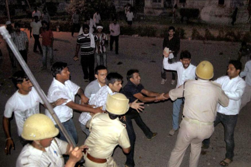 Allahabad: 20 injured in university campus violence