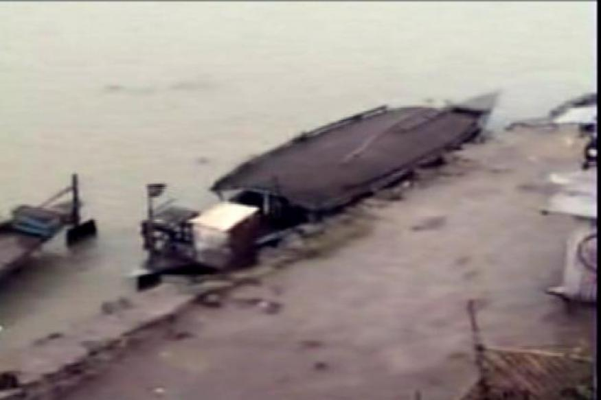 Assam: At least 100 feared dead as boat capsizes