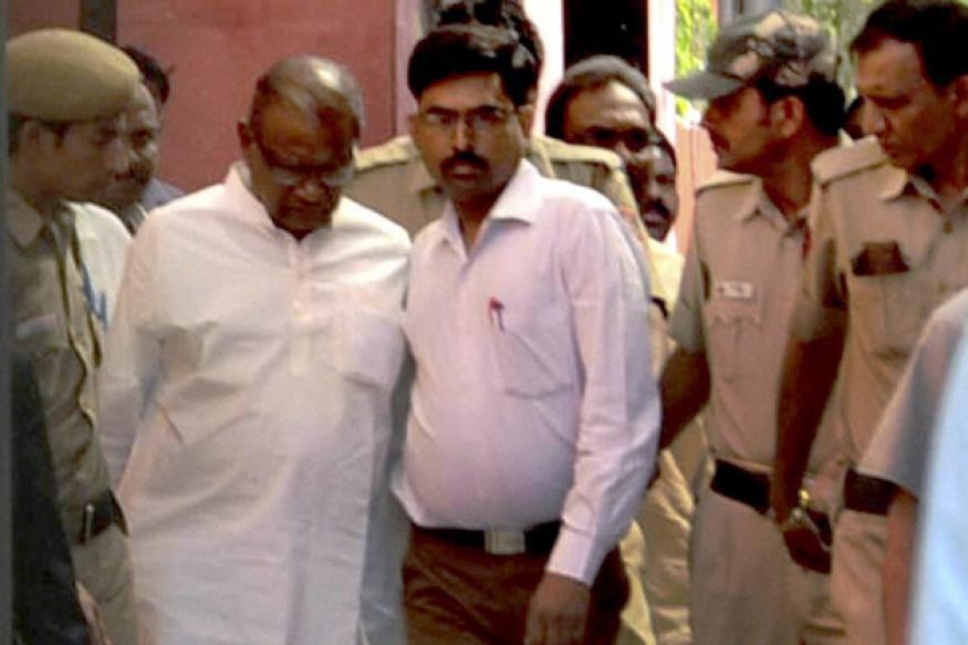 Shun 'chalta hai' syndrome: Court on arms sting