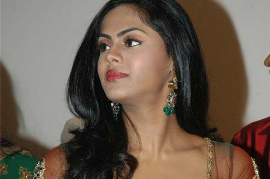 Karthika makes a comeback in Telugu Cinema
