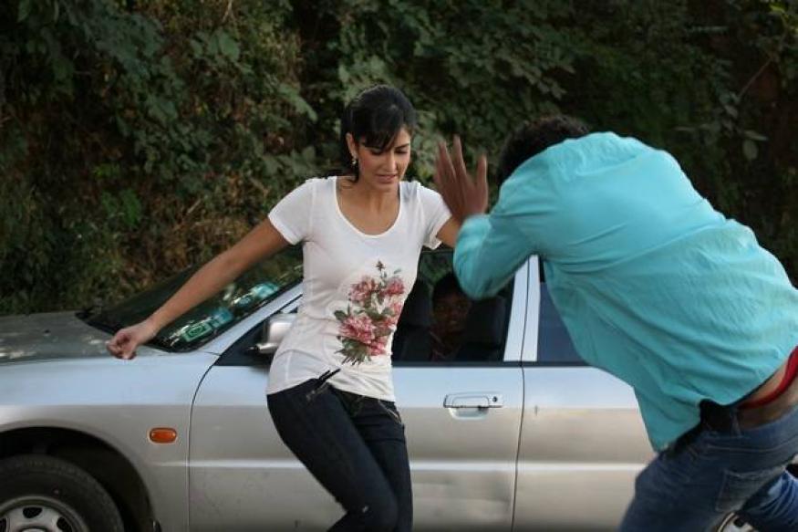 After Priyanka, Katrina gets friendly with SRK