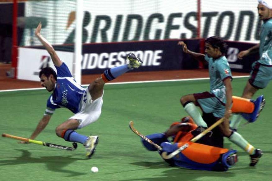 Pune beat Chandigarh to enter WSH final
