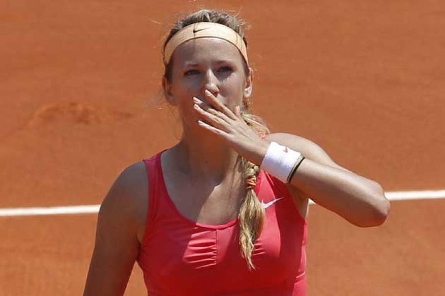 Azarenka continues to cruise at Roland Garros
