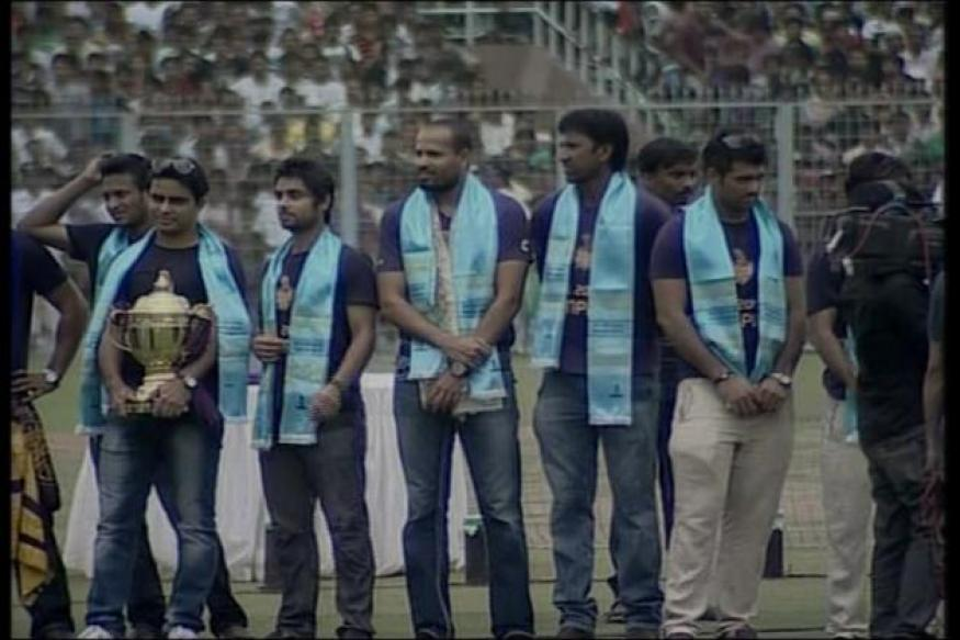 Kolkata Police uses KKR win for new road safety ad