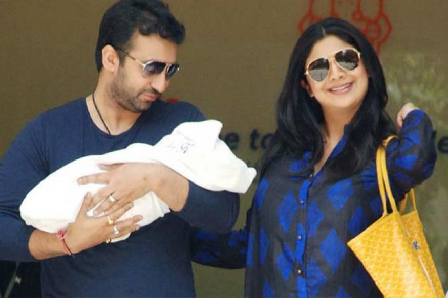Shilpa Shetty goes home with newborn baby