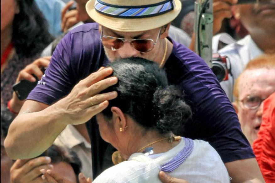 Mamata felicitating KKR not wrong: SRK