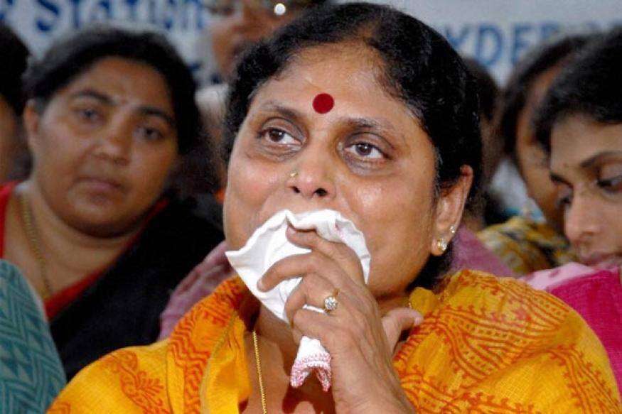 Cong MP blames Vijayamma's 'tears' for Andhra debacle