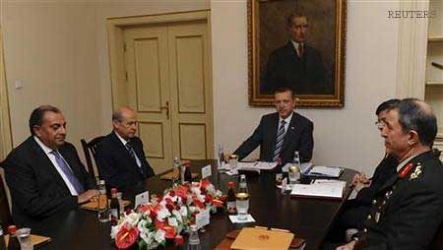 Turkey turns to NATO over Syrian attack