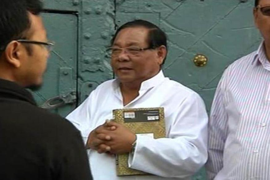 Cong to act against Netam for backing Sangma
