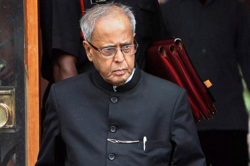 All eyes on UPA meet: Pranab or a 'dark horse'?