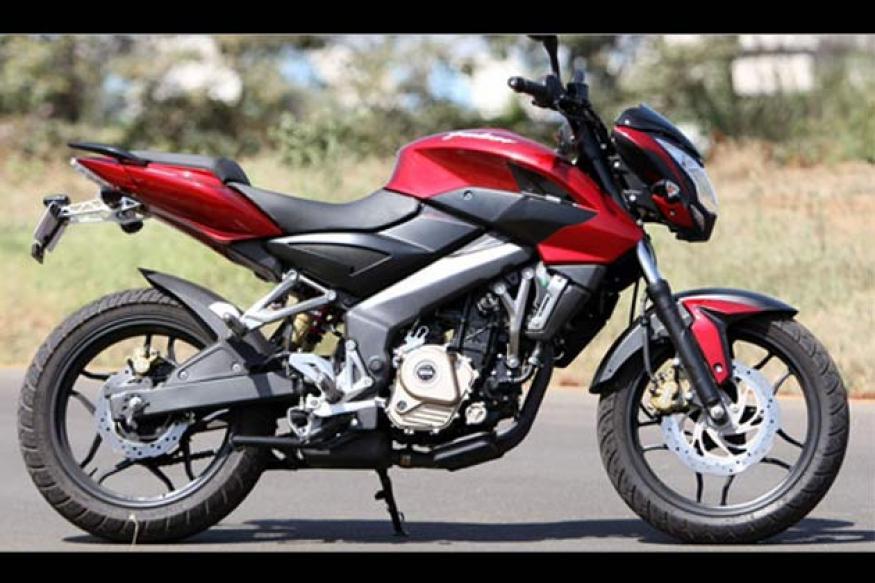 Bajaj Pulsar 200ns Priced At Rs 94 280 On Road News18
