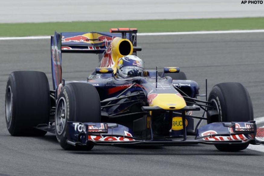 Vettel pips Hamilton to take Canadian GP pole
