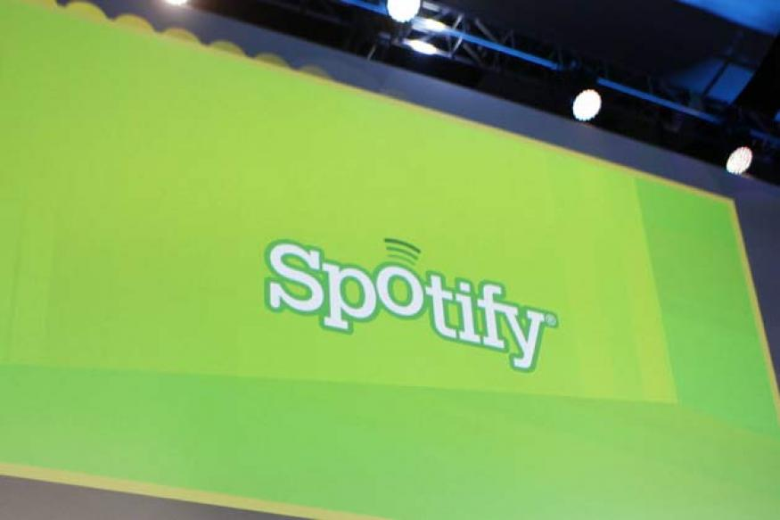 Spotify offers free radio play on mobile devices