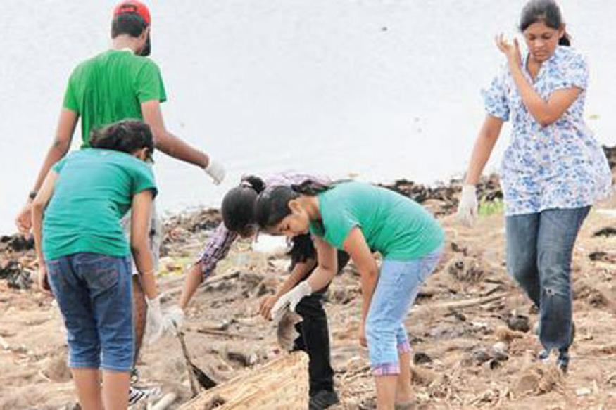 Hyderabad students clean Kapra lake