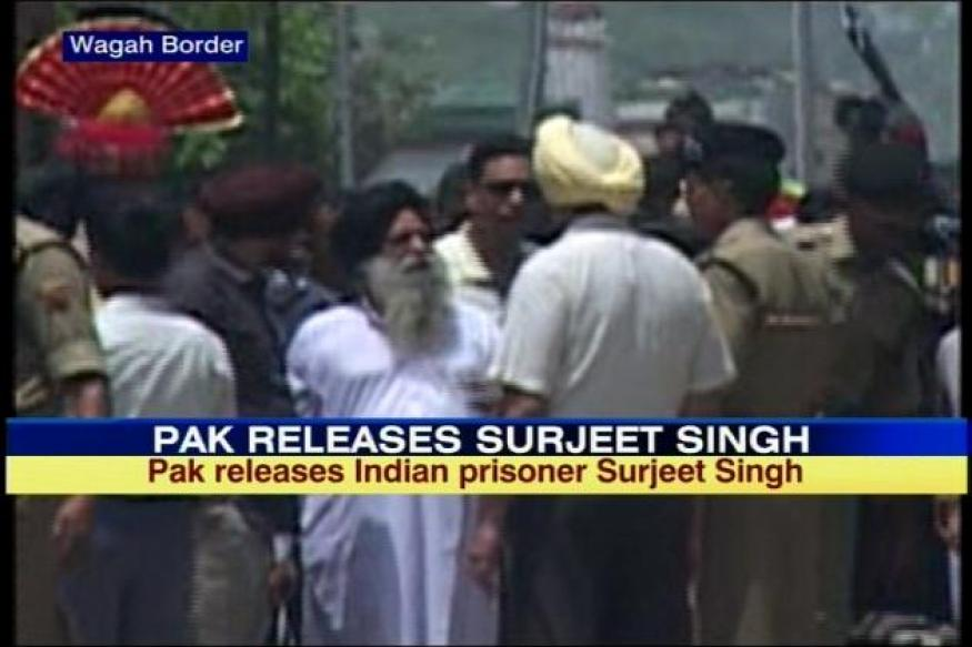 Surjeet freed but reaches Wagah in handcuffs
