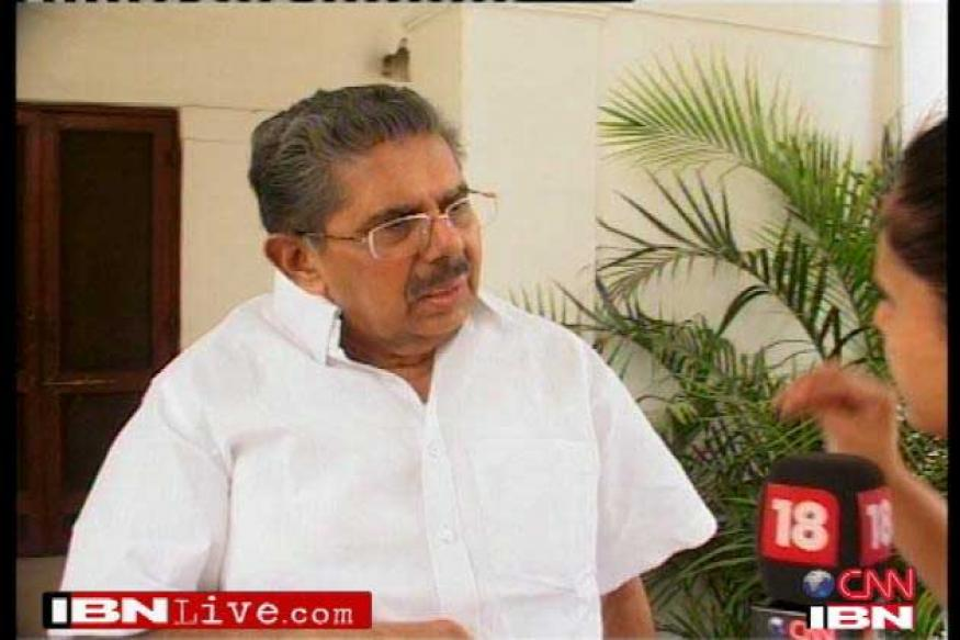 Vayalar Ravi says Team Anna not that innocent