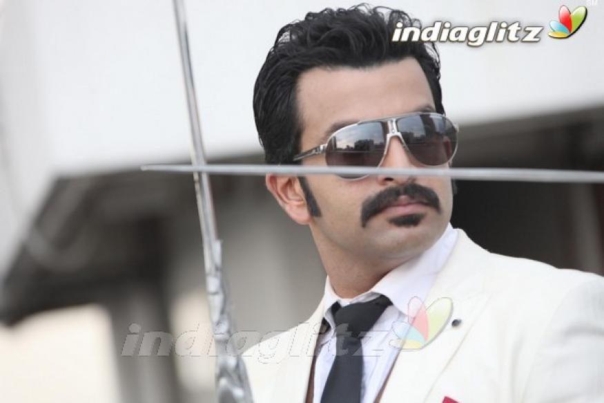 Prithviraj to play Nathuram Godse in a Tamil film