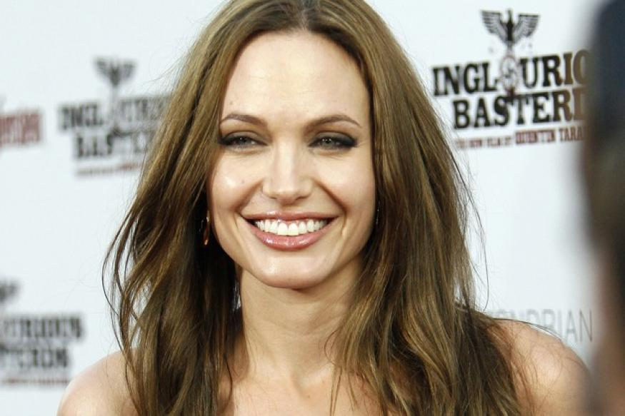 Jolie wants to star in 'Fifty Shades Of Grey'?