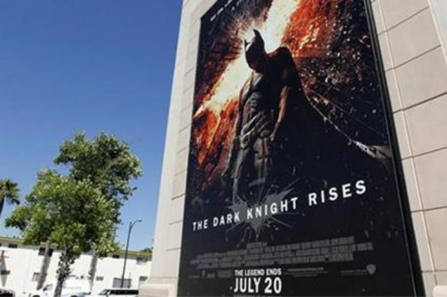 'The Dark Knight Rises' tops US box office