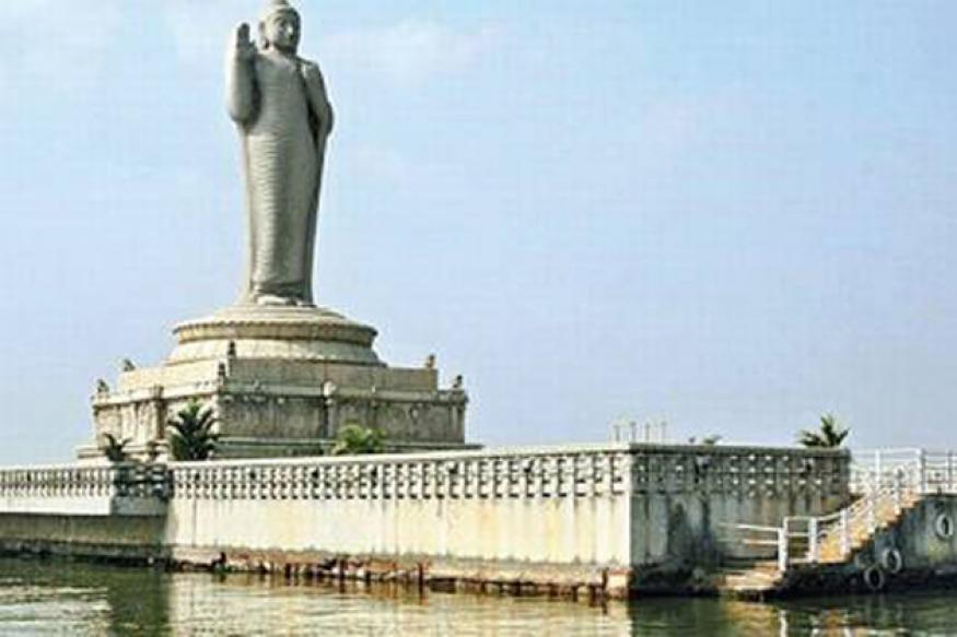 Hyderabad: Statues in Hussain Sagar to be fished out