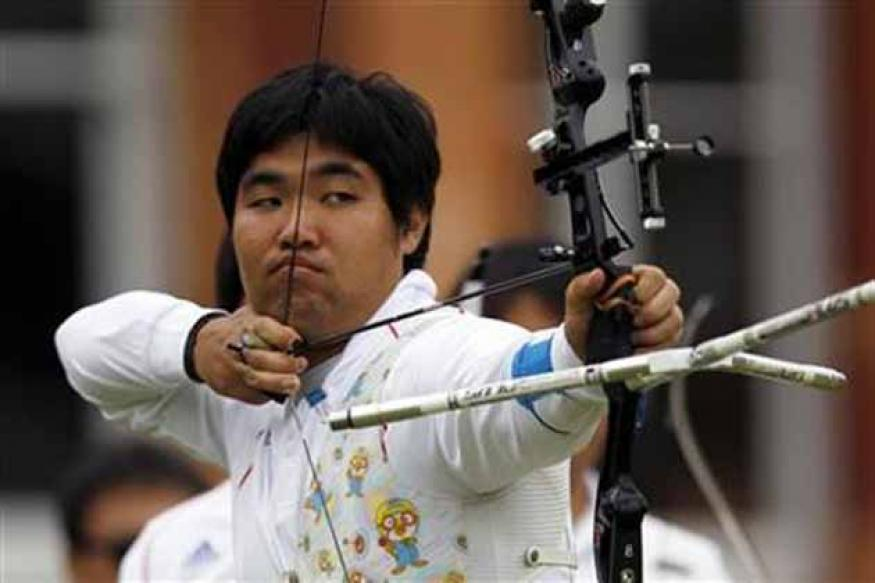 South Korea's 'blind' archer breaks record