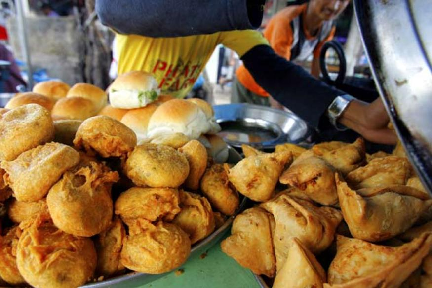 No more cheap samosas in Pakistan, rules SC