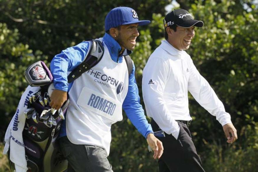 Tevez caddies for Romero at British Open