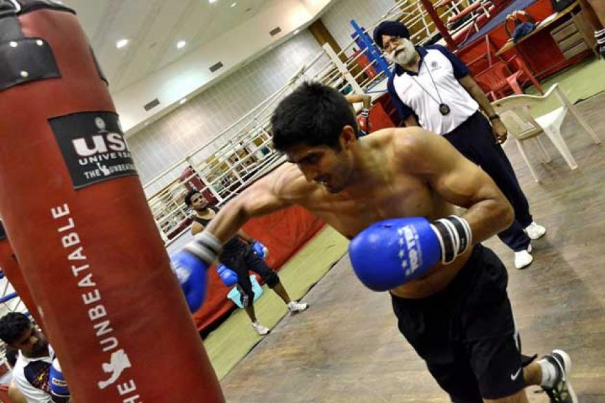 Vijender, Shiva ready for boxing opener