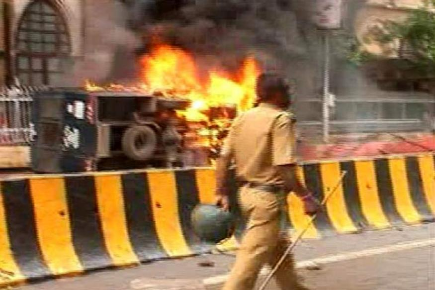 Mumbai violence: Shinde warns of stern action