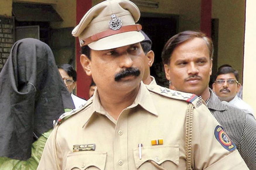 Mumbai: Cop switches stolen gold jewellery with fakes