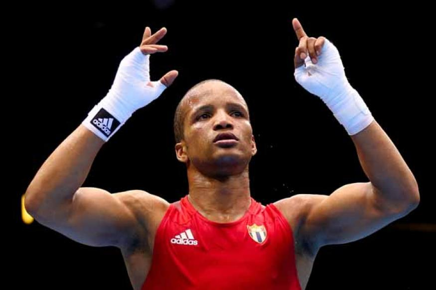 Iglesias gets gold for Cuba in light welterweight