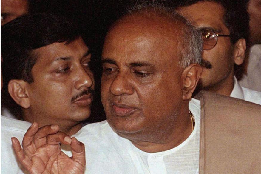 Karnataka: Gowda to don Mayawati's cap?