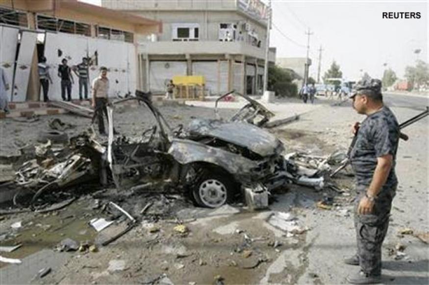 Iraq blasts, shootings kill 32, wound scores